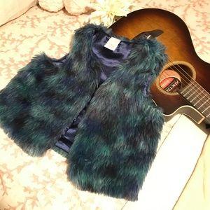 Blue faux fur vest Girls 14/16